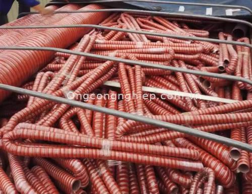 Ứng dụng của ống nhựa silicon chịu nhiệt trong công nghiệp